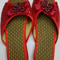Sandal Pengantin Wanita Tuk Sang Jit Khusus Warna Merah