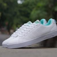 Sepatu sneakers casual adidas advantage putih tosca cewek women wanita