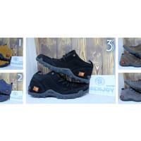Jual Sepatu karrimor pria / sepatu gunung adventure tracking outdoor murah Murah