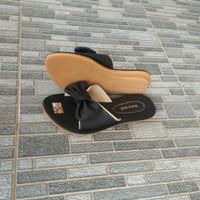 Sandal wanita / teralris / nonslip/ boerit hayati pita hitam