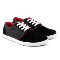 Sepatu Sneakers Fashion Kets Pria Kasual Kanvas Suede