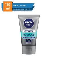 Harga nivea men whitening oil control cooling mud facial foam 100 | Pembandingharga.com