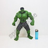 Action Figure Hulk celana coklat