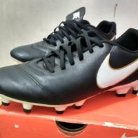 Sepatu Bola Nike Tiempo Genio ll Leather fg
