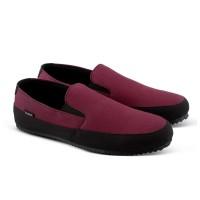Sepatu Slip On Fashion Pria Kanvas Sneakers Kets Kasual VK508