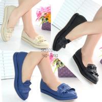Sepatu Wanita Slip On Flat Shoes Pita SOT02