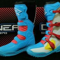 Sepatu cross ONEAL ELENENT