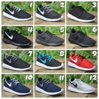 harga terbaru Sepatu Casual Sekolah Kets Nike Roshe Run Pria Wanita