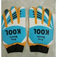 sarung tangan kiper sepak bola atau futsal anak Diskon
