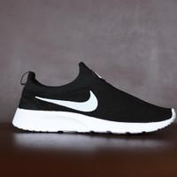 Sepatu Sport Santai Nike Kaishi Run Slip On Slop Tanpa Tali - Hitam