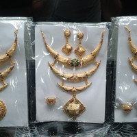 Set Kalung Susun + Anting + Cincin Mina Jodha