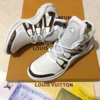 Sepatu Sneaker Bagus Wanita Louis Vuitton Mirror Quality White b49afb17ca