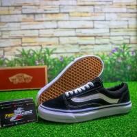 Sepatu Kets Olahraga Vans Oldskool Cowok/Cewek Premium Original Snea