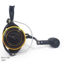 Reel Pancing Spinning Daiwa BG ukuran 5000 untuk laut