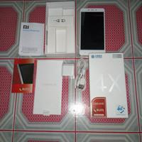 Xiaomi redmi note 4x mediatek 4/64 gold + Bonus Advan Hammer Batangan.