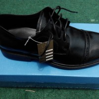 Sepatu Pantofel Yongki Komaladi
