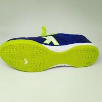 Harga kicosport sepatu futsal kelme land precision royal blue neon | antitipu.com