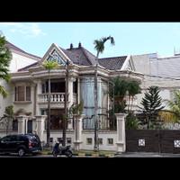 Rumah mewah dijual di perumahan elite di pusat kota balikpapan.d