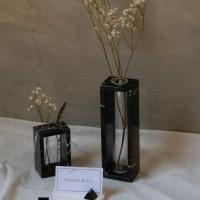 UN GRANDE BUCO Marble Vase| Vas Bunga Marmer dengan 1 Tabung besar