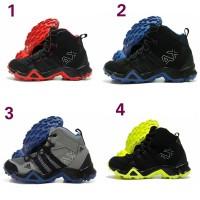 High Quality sepatu olahraga pria adidas ax2 traxion high import made