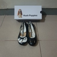 Sepatu kerja wanita Hush Puppies