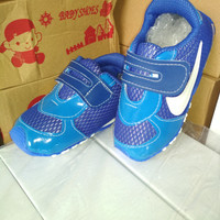 Sepatu Anak Nike Biru SDS 365