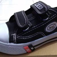 Sepatu sekolah anak NB perekat obral no.28 - 35