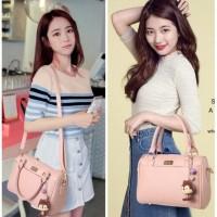 Harga trendy tas sandang hand bag grey like elizabeth hush puppies | WIKIPRICE INDONESIA