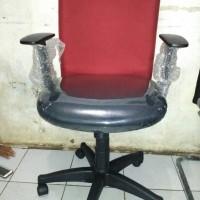Kursi Kerja Kantor minimalis / Gaming Merah Murah