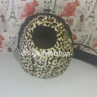 Harga bonding pouch oval jumbo motif leopard kuning tas jalan sugar | Pembandingharga.com