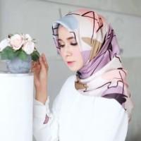 Segiempat Square Hijab Jilbab Kerudung Maxmara  Abstrak