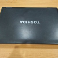 Laptop murah toshiba satelite B551E core i3