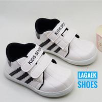 sepatu anak 1-6 tahun warna putih hitam terang simple velcro SKU-SV02