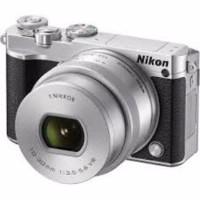 Harga nikon 1 j5 mirrorless digital camera w 10 30mm pd zoom lens silver   Pembandingharga.com