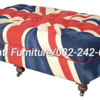 Kursi sofa puk inggris (lemari,dipan,nakas,bufet,figura,kursi,meja)