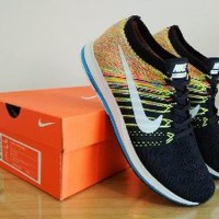 Sneakers Sepatu NIKE Zoom Flyknit Streak 6 Black Multic Limited
