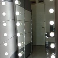 Jual Standing vanity mirror (frameless) 170x70 .. 12 lampu ...