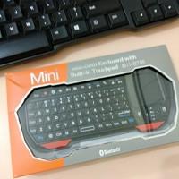 Mini Keyboard Wireless Bluetooth Built In TouchPad IS11-BT05