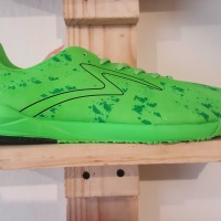 JUAL SPECS FUTSAL - BARRICADA ULTIMA IN SE OPAL GREEN DARK SZ 42