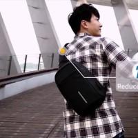 Tas USB Anti Maling/Anti Theft Sling Bag Similar Mark Ryden - Hitam