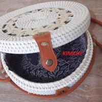 Tas Raisa Rotan ate diameter 20cm Putih Motif Bunga insert Batik Murah