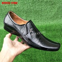 Harga Sepatu Pria Louis Vuitton   Jual sepatu pria louis vuitton murah 3ea8bcc361