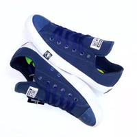 Sepatu all star converse chuck taylor petir warna navy/biru dongker