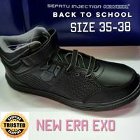 Sepatu Bot Sekolah Hitam - New Era EXO