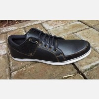 SEPATU KETS SNEAKERS PRIA KULIT LEATHER BLACK VALENTINO SIZE 40 - 44
