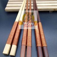 Sumpit kayu Jepang dengan kepala benang 22.5CM / Sepasang