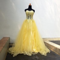 Gaun pesta dress sweet seventeen belle beauty and the beast kuning