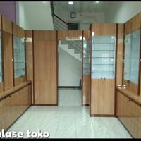 Etalase toko + aksesoris pendukung (free design)
