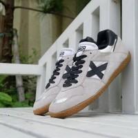 Sepatu futsal munich x original BNWB