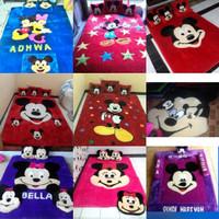 karpet karakter rasfur / surpet lantai set biasa / mickey minnie mouse